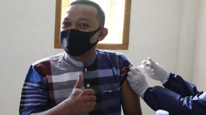 vaksinasi tahap awal darussalam garut